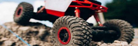 Best RC Rock Crawlers: Reviews and Buyers Guide for 2018