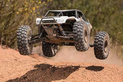 axial yeti rock racer review